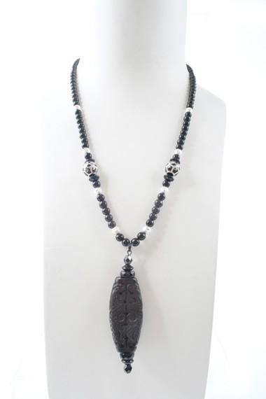 N004006 Onyx Jet black