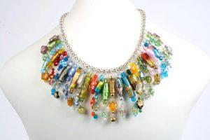 N004057 Multi glass collar