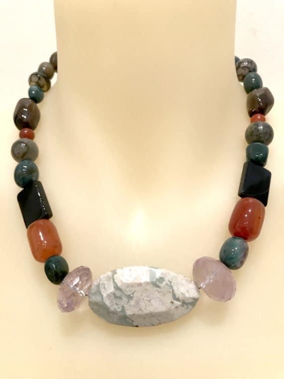 N004139 Mixed Gems